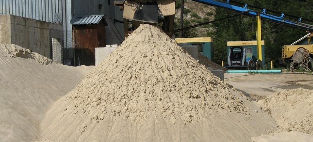 Medium sand – ideal for golf courses